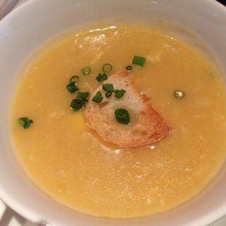 蟹肉入りコーンスープ(チャイナルーム (Chinaroom))