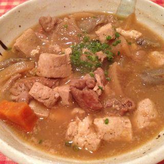 もつ煮こみ豆腐(AIDA (あいだ))