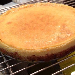 白トリュフチーズケーキ(アドニステーブル)
