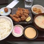 唐揚げ定食(本家 かのや 鹿児島 )