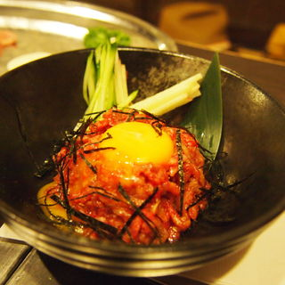 牛ユッケ(焼肉京城 恵比寿店)