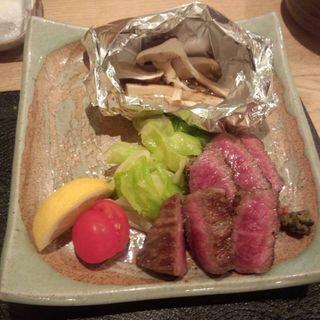 松茸と仙台牛の盛り合せ(東日流旬彩しみず)