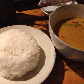 マッサマンカレー(Makan (マカン))