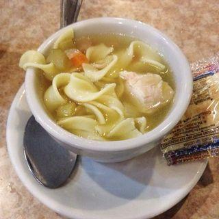 Chicken noodle soup(Brownstone Diner )