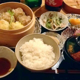 シュウマイ定食(食彩美酒やしま)