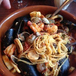 Capellini pasta with seafood(Trattoria La Sorrentina)