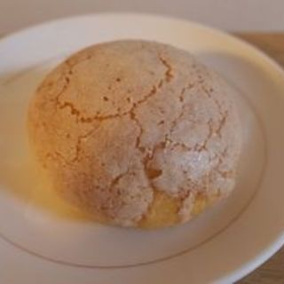 ブリオッシュメロンパン(Cafe Bibliotic Hello! (カフェ ビブリオティック ハロー!))