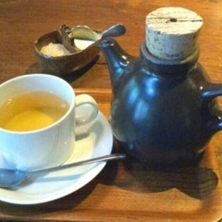 屋久島産の野ぶどう茶(Cafe Bibliotic Hello! (カフェ ビブリオティック ハロー!))