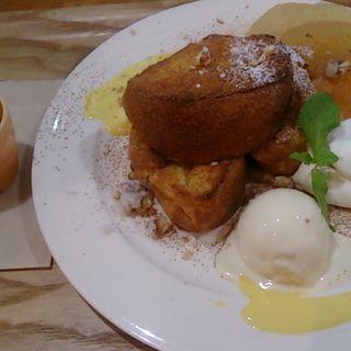 アップルシナモン フレンチトースト(玉かふぇ )
