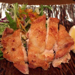 鳥取 大山鶏の岩塩焼き(山せみ)