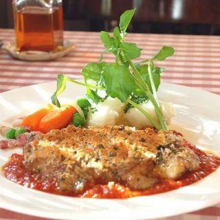 若鶏のオーブン焼き(トラットリアカミーノ)