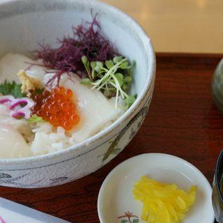 イカ丼(砂丘会館 )