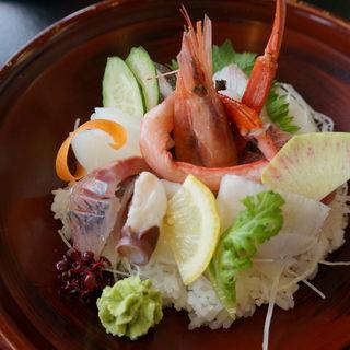 海鮮丼(御食事処 弓ヶ浜 (ゆみがはま))