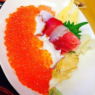 キラキラいくら丼(弁慶鮨 (【旧店名】弁慶))