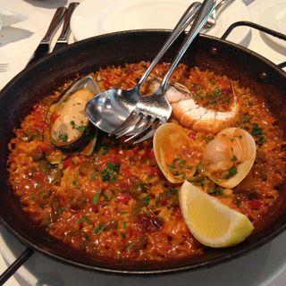 シーフードパエリア(Fandango Spanish Restaurant)