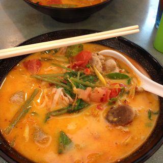 トムヤムクンフォー(金枕頭泰國餐廳)