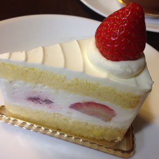 ストロベリーショートケーキ(ザ・ロビーラウンジ&バー )