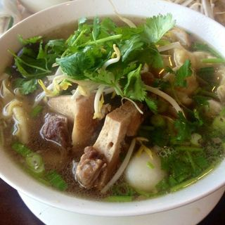 Egg noodle and ox tail soup(Pho Consomme)