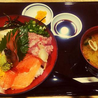 本日の海鮮丼(有磯海サービスエリア(下り線) レストラン )