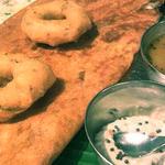 玉ねぎとチーズのドーサ(ダバインディア (Dhaba India))