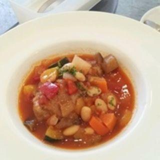 ラム肉のトマト煮(プリンツ (prinz))