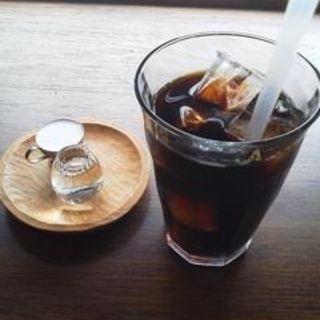 アイスコーヒー(月と六ペンス (ツキトロクペンス))