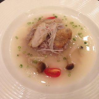 ポルト酒風味のリゾット 白湯スープ餡かけ 炙り鶏腿肉のせ(八芳園 )