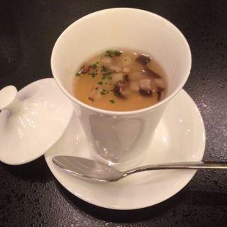 洋風茶碗蒸し 茸入スープ餡(八芳園 )