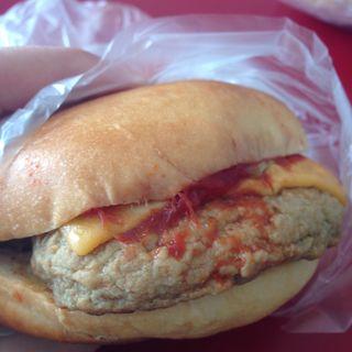 ハンバーガー(横須賀ベーカリー)
