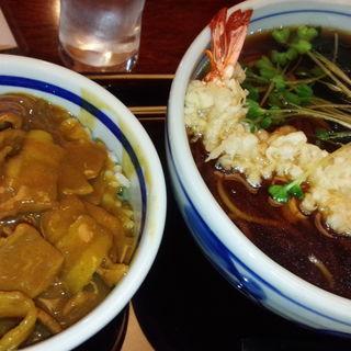 本日のまかない丼/蕎麦屋のカレー丼と手打ちそば(神田 味喜庵 )