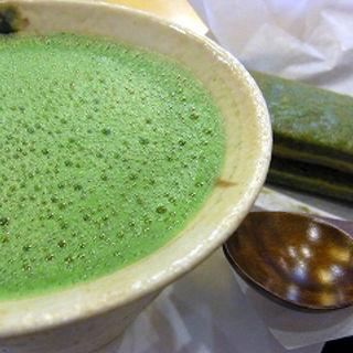 抹茶カプチーノとバターサンドのセット(伊藤久右衛門 本店 (いとうきゅうえもん))