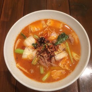 牛肉麺(担々麺 海苑 (【旧店名】中華料理 海苑))