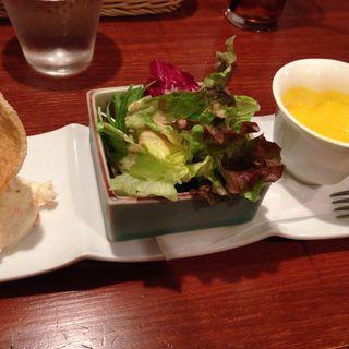 ミニサラダとスープ(ピッツェリア ダ タサキ (Pizzeria da TASAKI))