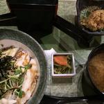 真鯛の炙り丼 茶漬けダシ付き
