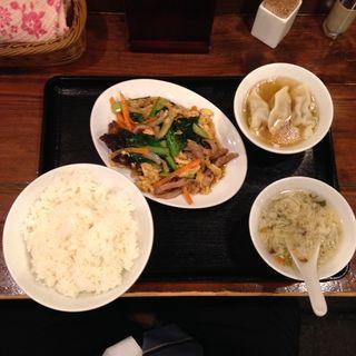 豚肉野菜炒めセット(広東酒家らくらく 江戸川橋 (カントンシュ カラクラク))