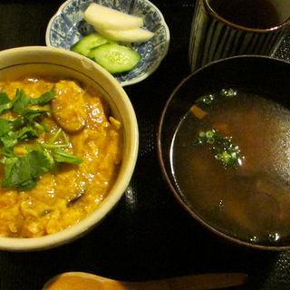 親子丼(鷄由宇 (鶏由宇 とりゆう))