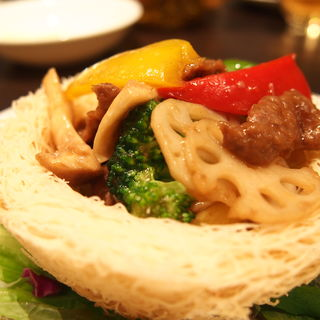 牛もも肉のオイスターソース炒め(中国料理 香府)