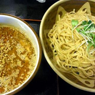 坦々つけ麺(味見鶏まるめん (あじみとりまるめん))