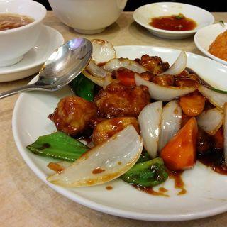 謝謝セット2 鶏肉と黒酢のハースー炒めランチ(謝朋酒樓)