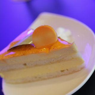 Mango Mousse Cake(Panya Bakery, Bistro, Bar at Hokua)