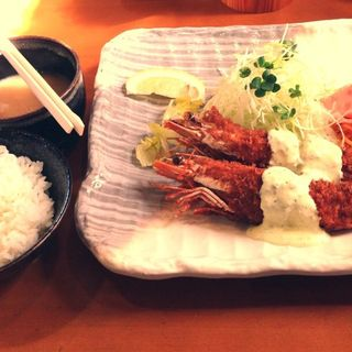 天然ジャンボえびフライ定食(とんかつ隅野 )