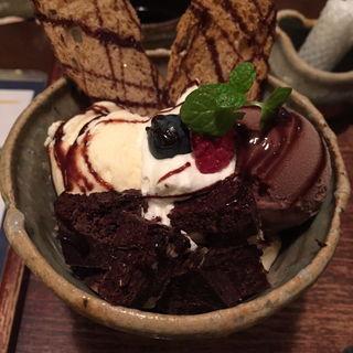 チョコレートパフェ(Cafeゆう 梅田店 (うつわカフェ))