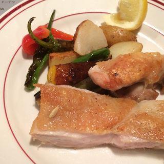 フランゴ・アサード(国産鶏のオーブン焼き)(ヴィラ モウラ 銀座本店 (VILA MOURA))