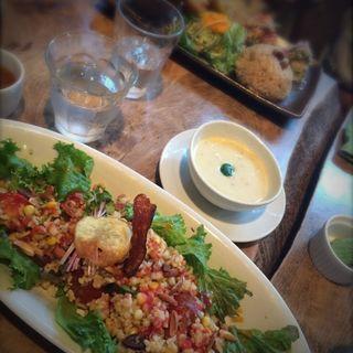 野菜と玄米のライスサラダ(カフェ・スロー (cafe Slow))