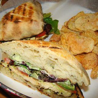 Chicken Pesto sandwich(Soda Pop's)