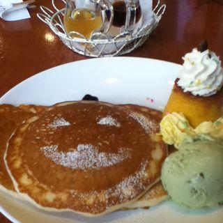 パンプキンパンケーキ(花きゃべつ)