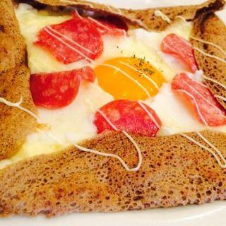 卵とハムのガレット(ヴァンダンジュ (Vin-dange))