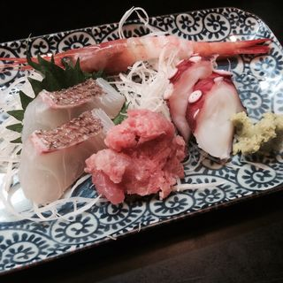 Assorted Sashimi(明日葉 (あしたば))