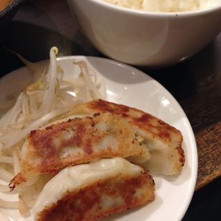 餃子ライスセット(らーめん酒家 驛麺(えきめん))