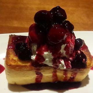 ベリーベイクドケーキ(CAFE DIVERGE)